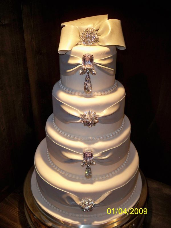More new cake designs for 2009 - Maples Wedding Cakes ...